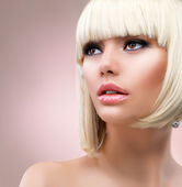 Fashion Blonde Woman Portrait. Blond Hair — Foto de Stock