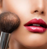 Make-up closeup. Cosmetic Powder Brush. Perfect Skin — Stock Photo