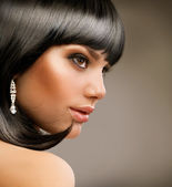 Beautiful Brunette Girl. Haircut. Hairstyle — Stock Photo