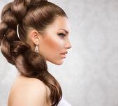 Longo cabelo bonito — Foto Stock