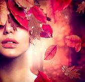 Autumn Woman Fashion Portrait. Fall — Stok fotoğraf
