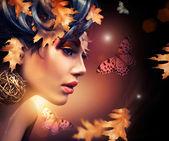 Podzimní móda žena portrét. na podzim — Stock fotografie