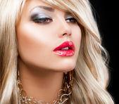 Blond Fashion Woman Portrait. Blonde Hair — Stock Photo