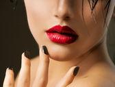 Fashion Girl Closeup. Red Lips And Black Nails. Beautiful Makeup — Stock Photo