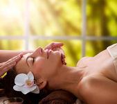 Massage du visage spa — Photo