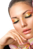 Beautiful Woman Face. Perfect Makeup — Stock Photo
