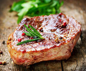 Fleisch. steak vom grill — Stockfoto