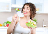 Diet. Beautiful Young Woman Eating Vegetable Salad — Photo