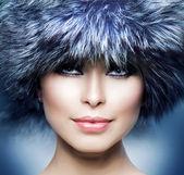 Fashion. Beautiful Girl in Fur Hat. Winter Woman — Stock Photo