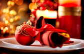 Christmas Table Setting. Holiday Decorations — Stock Photo