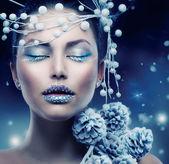Winter Beauty Woman. Christmas Girl Makeup — Stock Photo