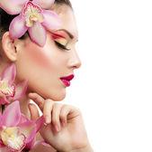 Schoonheid vrouw. prachtige model meisje. geïsoleerd op een witte chtergro — Stockfoto