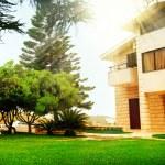 conceito de exterior imóveis linda casa moderna — Foto Stock