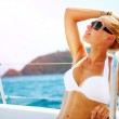 Beautiful Girl resting on the Yacht. Yachting. Luxury Lifestyle — Stock Photo #21975103