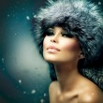 Winter Christmas Woman Portrait. Beautiful Girl in Fur Hat — Stock Photo #21975501