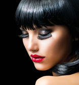 Fashion Brunette Girl Portrait close-up — Stock Photo