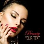 Fashion Beauty. Manicure and Make-up — Stock Photo #24593001