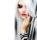 Beauty Fashion Girl black and white style. Long White Hair — Stock fotografie