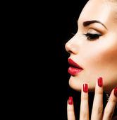 Skönhet kvinna med perfekt makeup — Stockfoto