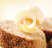 Butter on a Slice of Bread. Butter Rolls. Healthy Breakfast — Stock Photo