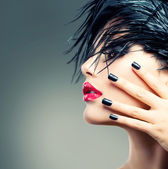 ファッション アート少女の肖像画。パンク スタイル — ストック写真