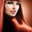 Healthy Straight Long Red Hair. Fashion Beauty Model — Stock Photo #29983901