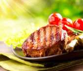 Grilled Beef Steak BBQ. Barbecue Meat Steak outdoor with Vegetab — Stock Photo