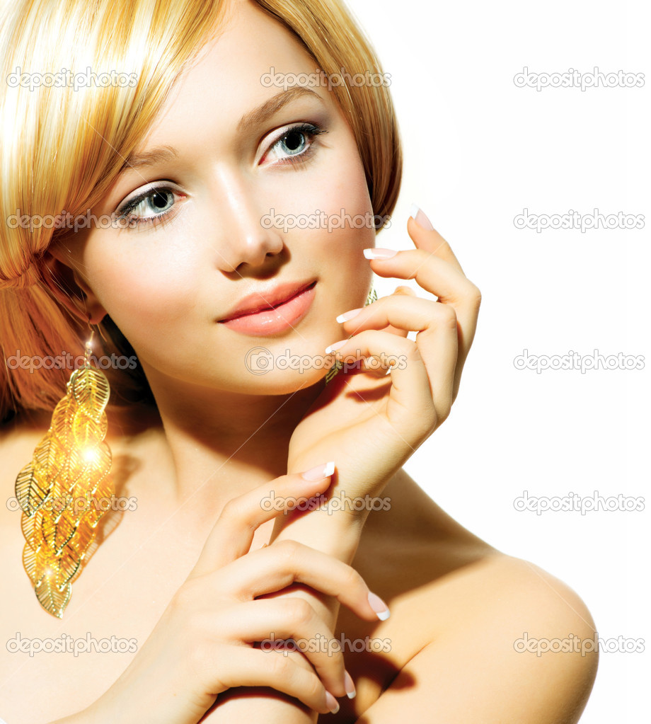 серьги золотые для девушек