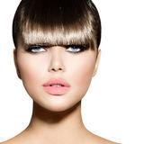 Fringe. Fashion Model Girl With Trendy Hairstyle — Stock Photo