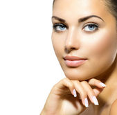 Face of Young Woman with Clean Fresh Skin. Skin care — Stock Photo