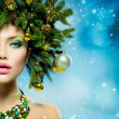 Christmas Woman. Christmas Tree Holiday Hairstyle and Make up — Stock Photo
