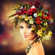 Beautiful Christmas Tree Holiday Hairstyle and Makeup — Stock Photo