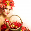 Beauty Autumn Woman with Ripe Red Organic Apples — Stock Photo