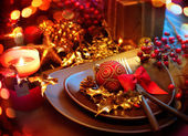 Christmas And New Year Holiday Table Setting. Celebration — Zdjęcie stockowe