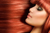 Healthy Long Straight Hair. Red Hair Model Girl Portrait — Stock Photo