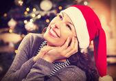Femme de Noël dans santa hat — Photo