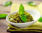 Pesto Sauce. Italian Cuisine — Stock Photo