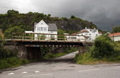 La maison sur le pont, novvegiya — Photo