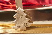 Zlaté vánoční dekorace — Stock fotografie