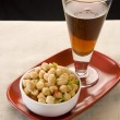 Chana Chaat or Chick Peas with Soft Drink — Stock Photo