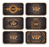 Set di carte vip oro con motivo floreale — Vettoriale Stock