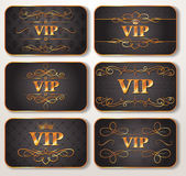 Set of gold VIP cards with floral pattern — Stockvector