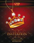 Tarjeta de invitación vip con corona de oro en forma de colgante con diamantes sobre el fondo rojo — Vector de stock