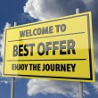 Road sign with words Welcome to best offer on blue sky background — 图库照片