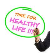 Mão de empresário com marcador de ponta de feltro, escrevendo o tempo de texto para a vida saudável — Fotografia Stock
