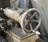 Old lathe machine detail — Stock Photo