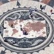 Huge compass rose in Lisbon with world map showing Portuguese di — Stock Photo