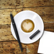 Heart coffee, with pen and notes — ストック写真