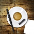 Heart coffee, with pen and notes — Stockfoto