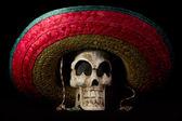 Dia デ ロス ムエルトス - ソンブレロで死んだ頭骨の日 — ストック写真